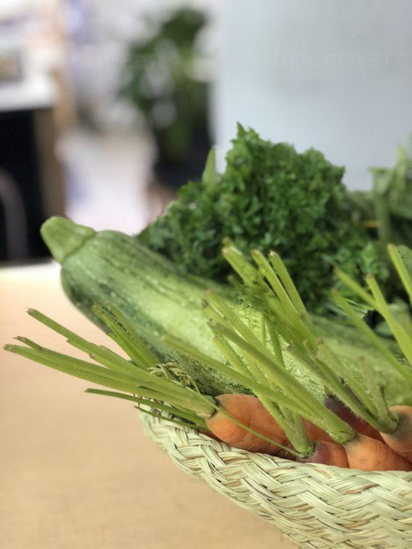 panier legume carotte concombre